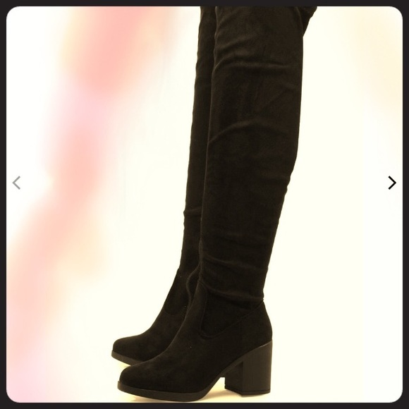 ede49b4bef6 Darcy Chunky Over The Knee Boots 👢